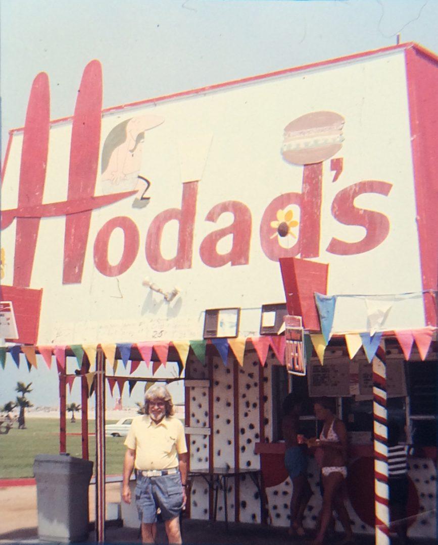 Hodad's History